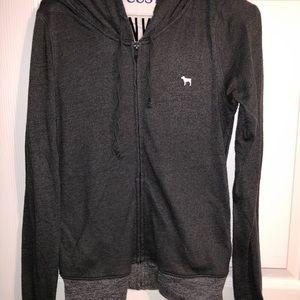 *SELLING IN BLACK AND PURPLE* vs zip up sweatshirt